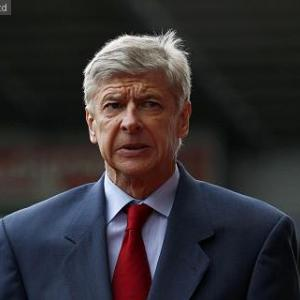 Wenger: No choice over Van Persie sale