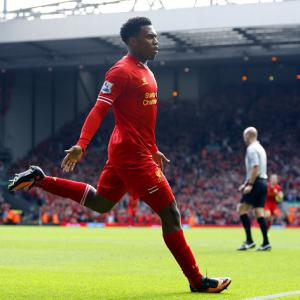 Liverpool outclass Palace to go top