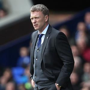 Departing Moyes to face the press, but will not answer questions about Man United