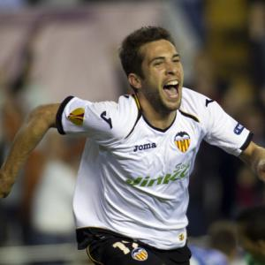 Barca strikes deal to sign Alba