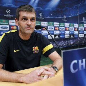 Barcelona boss Tito Valanova steps down as he suffers cancer relapse