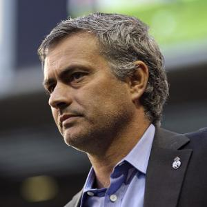 Spanish papers cast more doubt on Mourinho's future at Madrid