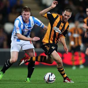 Hull's Fryatt joins Wednesday on loan