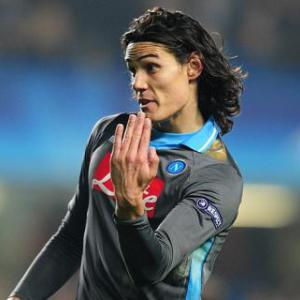 Cavani in Paris to finalise transfer