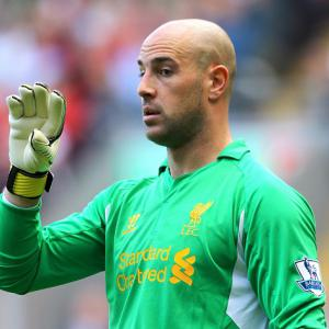 Reina happy at Liverpool despite Barcelona links