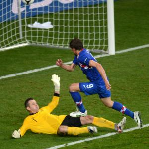 Croatia beat Ireland 3-1 in Group C
