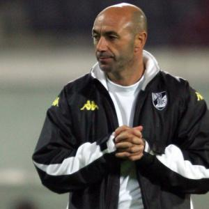 Portuguese coach fined in China football league
