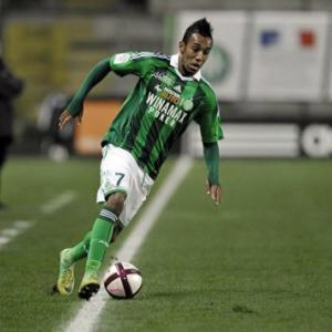 Aubameyang secures permanent deal with St Etienne