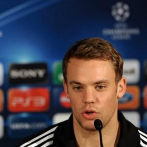 Bayern are under pressure, admits Neuer