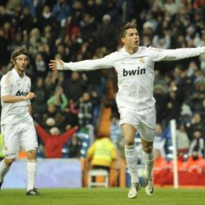 Ronaldo hat-trick as Real Madrid go 10 points clear