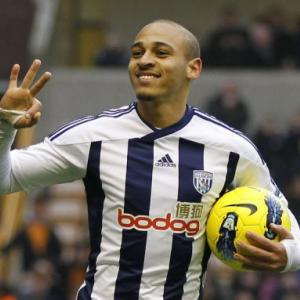 Odemwingie tames Wolves with hat-trick