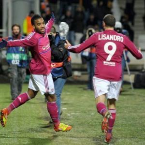 Lacazette hopes to prise APOEL open in return leg