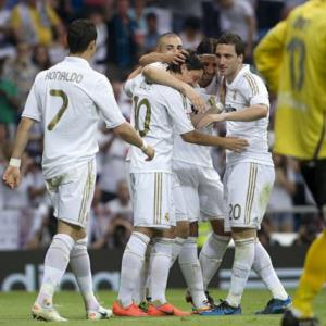 Madrid break 100-point barrier, Villarreal relegated