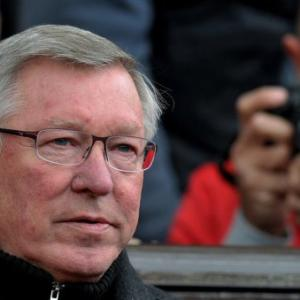 Ferguson urges United fans to keep faith