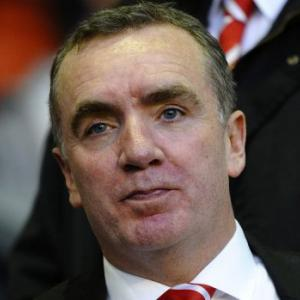 Liverpool chief takes swipe at 'comedian' Whelan