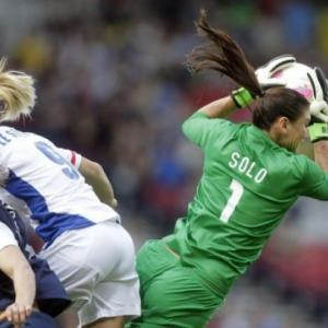 US and Japan win womens football openers