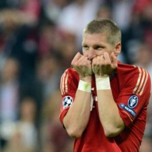 Schweinsteiger set for bench in Bayerns opener
