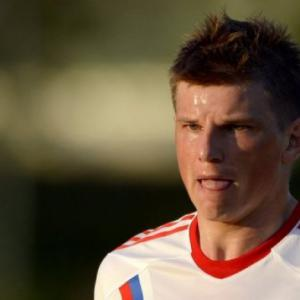 Capello drops Arshavin for World Cup qualifiers