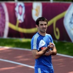Fulham sign Greece captain Karagounis