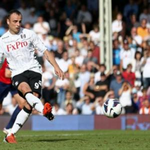 Berbatov at the double as Fulham beat Baggies