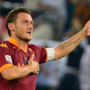 Totti to be 40-year-old Roma skipper