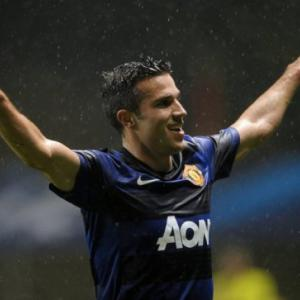 Van Persie vows to hit new heights at United