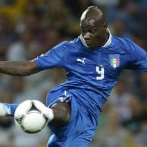 Milan boss Berlusconi dismisses Balotelli talk