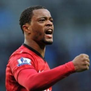 If United fail, well be sacked, says Evra