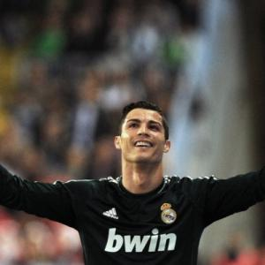 Cristiano Ronaldo plays second fiddle to Lionel Messi