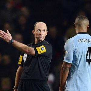 City will appeal Kompany red card, says Mancini