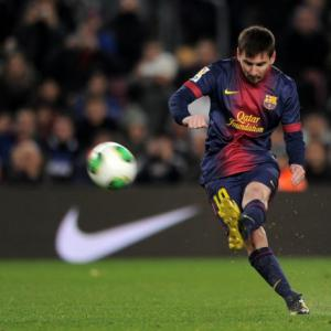 Barca show no signs of easing up
