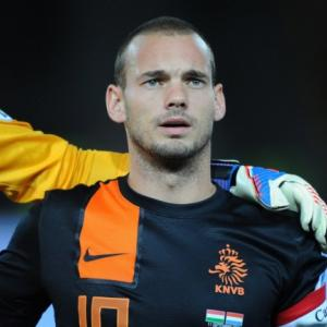Liverpool target Sneijder signs for Galatasaray