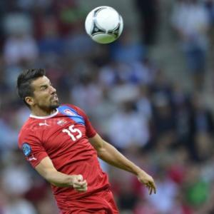 Czech Republic striker Baros rejoins Czech side Banik Ostrava