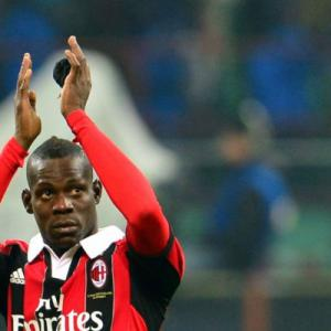 Inter - Milan share spoils as Balotelli returns to derby