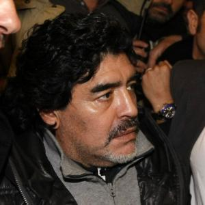 Maradona asks for justice on Italy trip