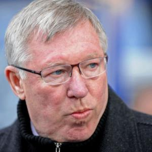 Ferguson warns United squad to stay on their toes