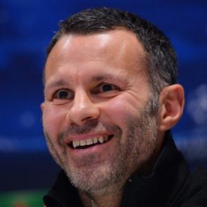 Giggs starts with Rooney benched against Real Madrid