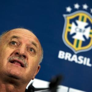 Scolari omits Ronaldinho from friendlies squad