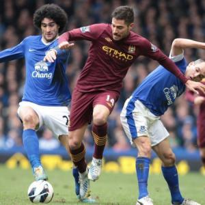 Ten-man Everton leave City title hopes in tatters