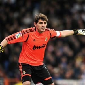 Mourinho rules Casillas out of Galatasary clash