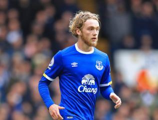 Everton midfielder Tom Davies eyeing dream spot in Merseyside derby