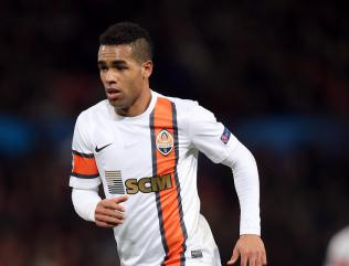 Jiangsu Suning agree big-money move for Brazilian midfielder Alex Teixeira