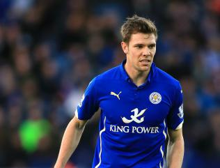 Hammond signs new Leicester deal