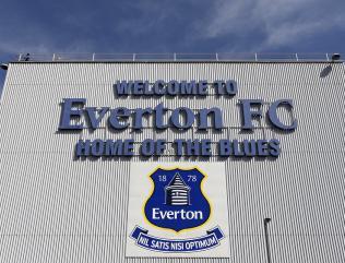 Everton profit delights Kenwright