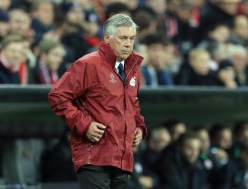 Bayern pull clear as Cologne and Dortmund slip up