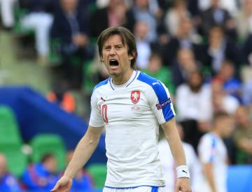 Czech Republic captain Tomas Rosicky to miss rest of Euro 2016