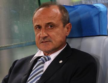 Serie A strugglers Bologna sack coach Delio Rossi