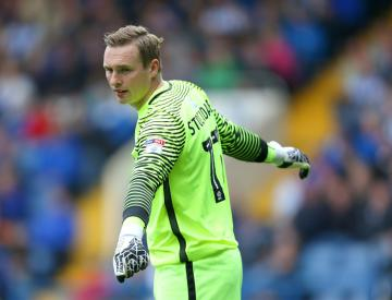 Australia goalkeeper Mathew Ryan set for Seagulls switch