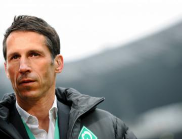 Werder Bremen Forward Claudio Pizarro Wants Another Year In The Game