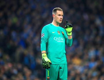 Marc-Andre ter Stegen wishes Carl Ikeme well after acute leukaemia diagnosis